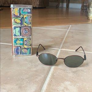 Fossil Round Sunglasses w/ Metal Case